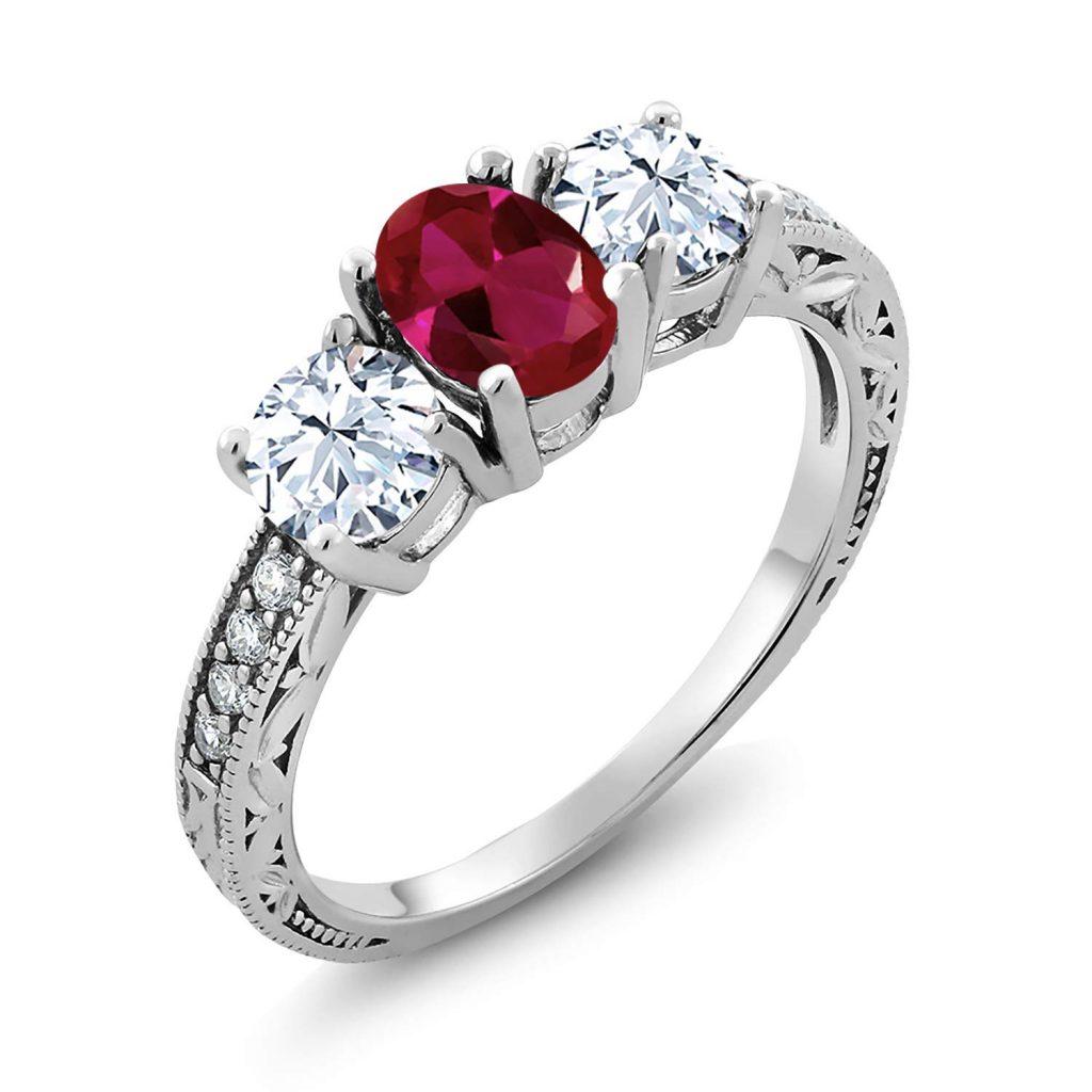 Anillo de compromiso de plata de ley 925 con 3 piedras de gema color rojo rubí