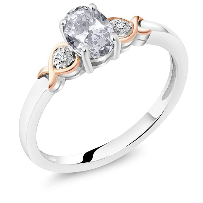 Plata de Ley 925 Anillo de oro rosa de 10 K y blanco Topaz con acento de diamante