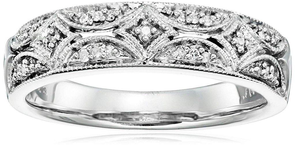 Anillo con diamante de plata fina