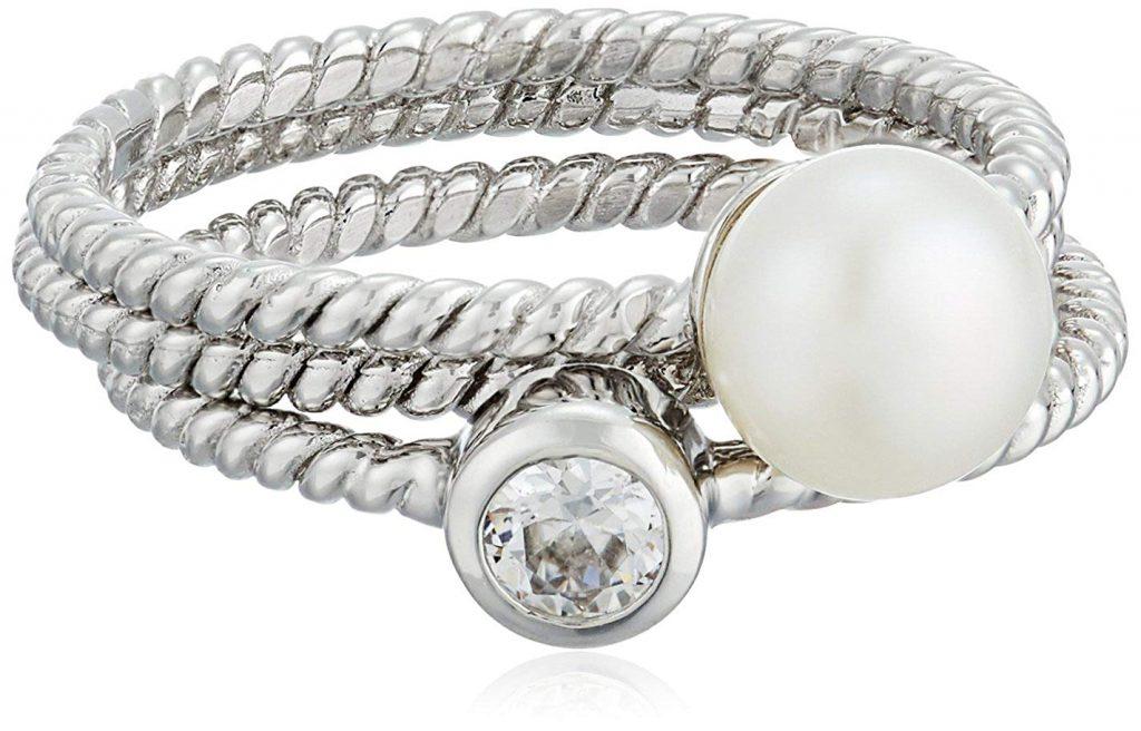 Bella Pearl 3 de plata de ley agua dulce anillo apilable